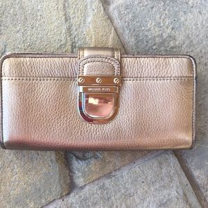 Michael Kors gold metallic wallet